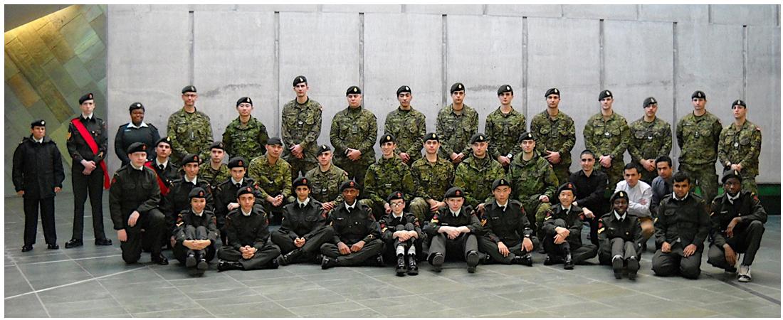 Le samedi 28 novembre dernier, la compagnie Bravo du Royal Montreal Regiment (RMR) s'est rendue à Ottawa pour visiter le Musée canadien de la guerre.