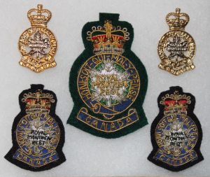 officers' insignia, 2006